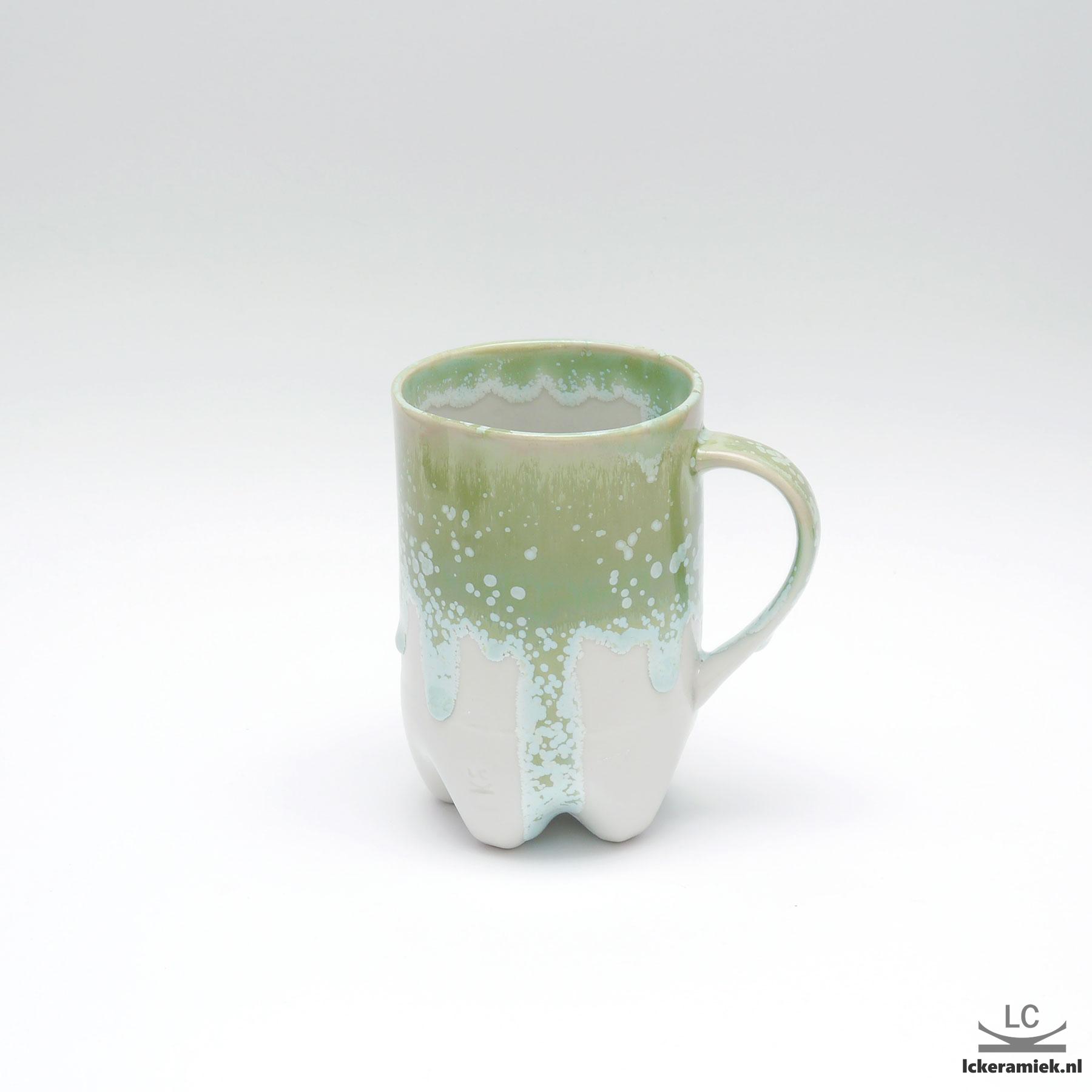 Porseleinen petfles mok groen wit
