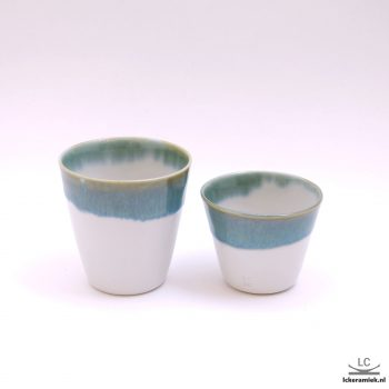 porseleinen espressokopjes turquoise wit