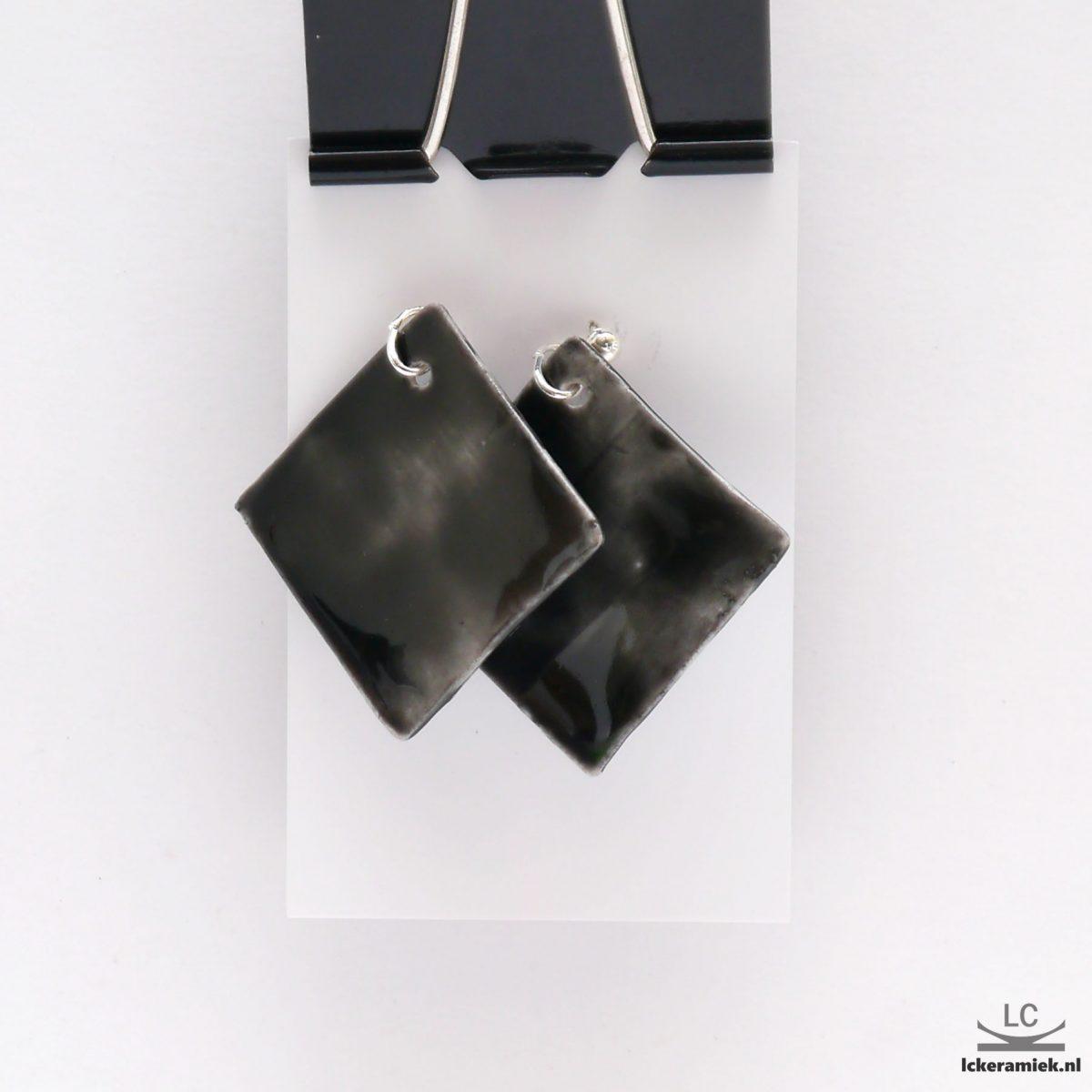 vierkante porseleinen oorbellen barentszee