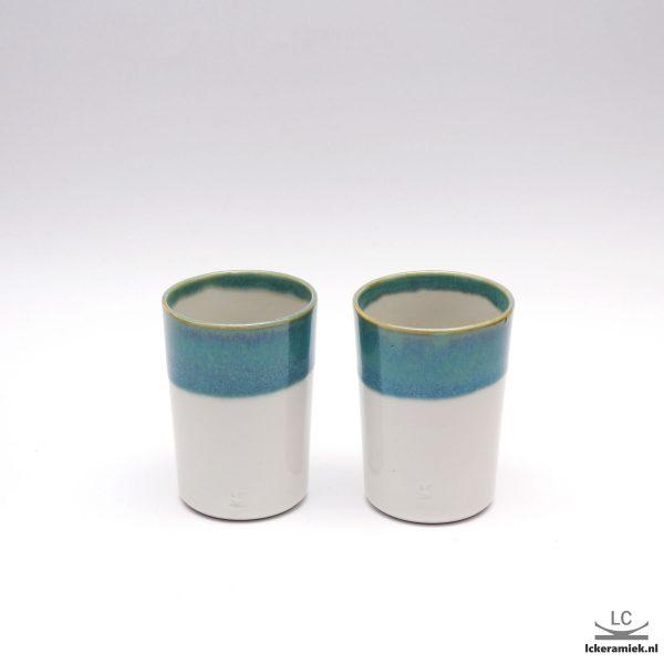 Porseleinen bekertje turquoise wit