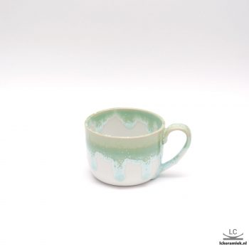porseleinen theebeker groen wit