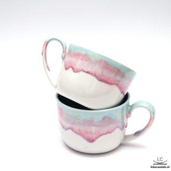 porseleinen theebeker paars wit