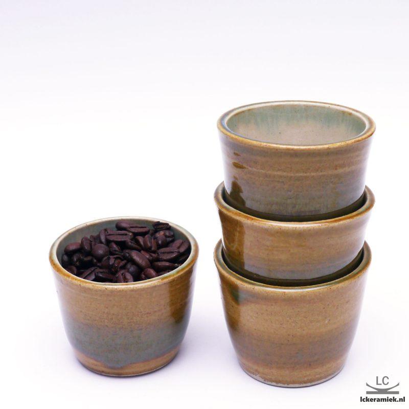 espresso kopjes bruin