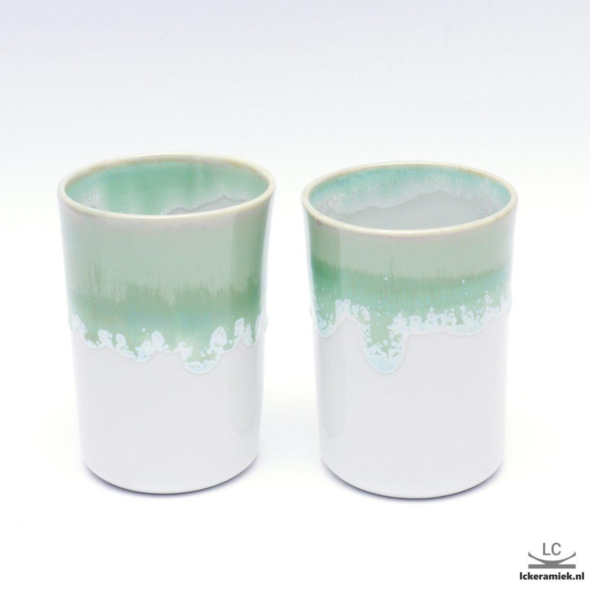 Porseleinen bekertje groen wit